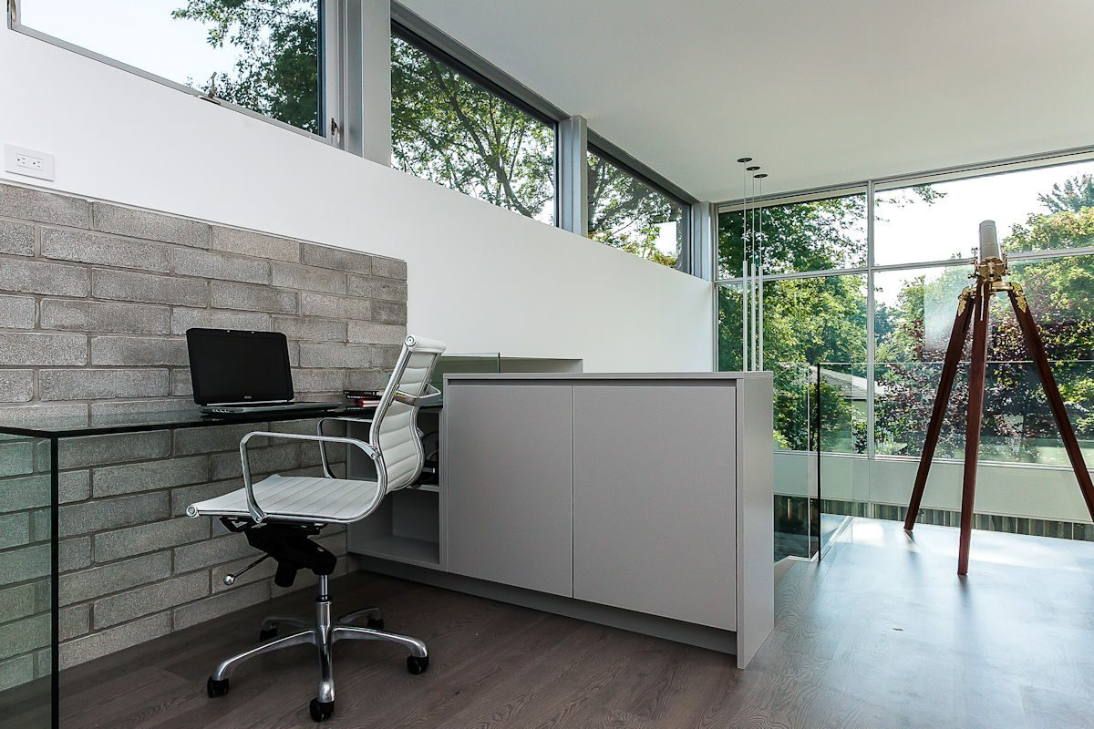 240-upton-court-modern-home-design