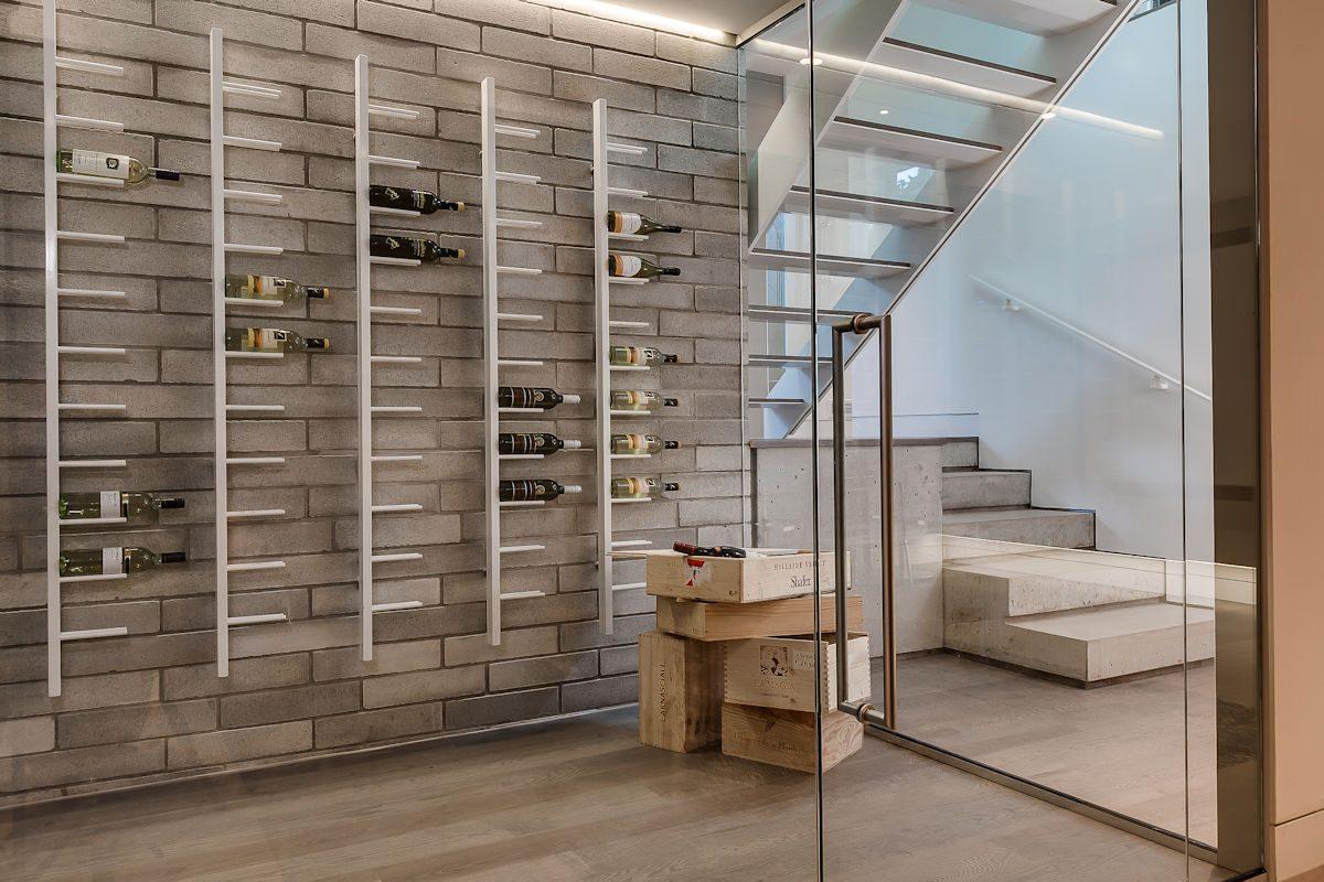 240-upton-court-modern-home-design